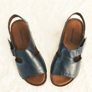 Naturalizer Scout Leader Slingback Open Toe Navy